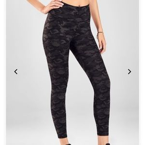 High wasted 7/8 leggings from fabletics